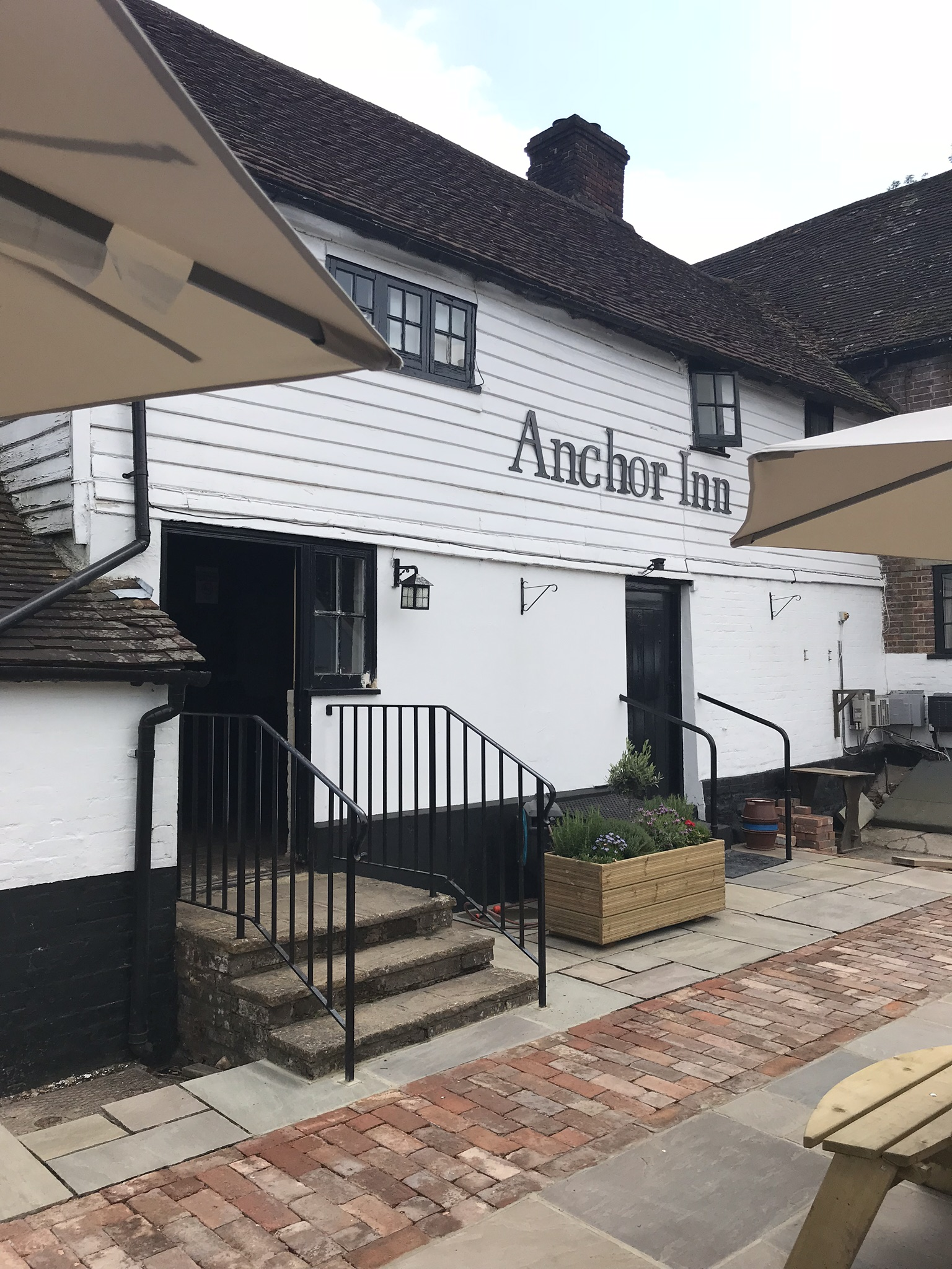 Image of the Anchor Inn - Hartfield